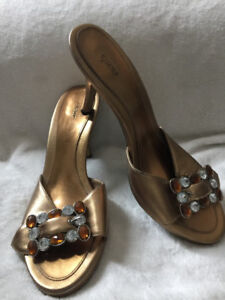 "Gold/ Bronze Mules by ""Fioni"" Size# 9 1/2"