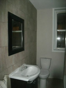 WOW LARGE 3 BEDROOM APT ONLY $1150.00