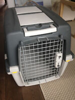 Cage pour chien / Travel box for a dog (72 x 52 x 51cm)