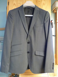 Charcoal Suit for Any Occasion