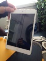iPad mini excellent condition with swivel yellow case
