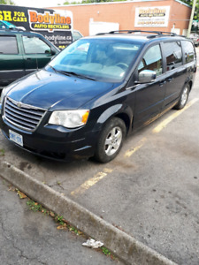 2008 Town & Country 3.8L. 174000km