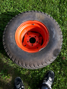 Tractor rim and tire