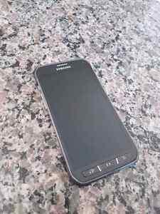 SAMSUNG Galaxy S5 Active 16Gb. (Bell)