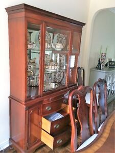 Beautiful antique china cabinet / breakfront / bookcase