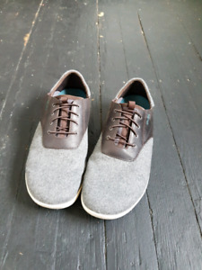 casual shoes / boat shoes size 10.5 barely worn