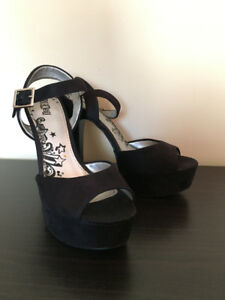 Women Sandals High-Heels Black size 7.5-8