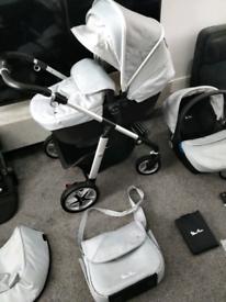 Silver cross pioneer platinum pram pushchair car seat