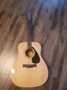 Yamaha guitar F310P brand new