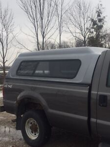 2004 FORD LONG BOX 8 FOOT TOPPER