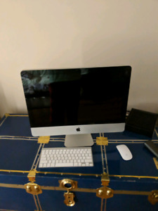 Imac with wireless keyboard and mouse