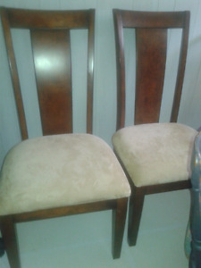 Set of 2 high back accent chairs!!