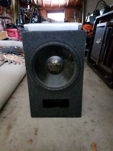 12 INCH SUBWOOFER WITH 2500 WATT AMP AND CAPACITOR