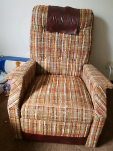 Rolling chair