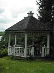 Lake Patterson COTTAGE OR CHALET