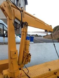 Small hiab 2ton lift. Hydraulic with slewring