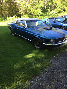 FULLY RESTORED MUSTANG 1970 CONVERTIBLE