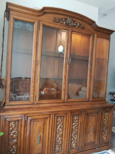 Beautiful Solid Wooden Hutch