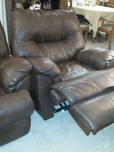 NEW REDUCED PRICE - Brown Leather Wall-Hugging Power Recliner London Ontario image 3