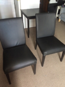 HENRIKSDAL Black leather Ikea chairs