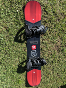 Snowboard and bindings San Remo Wyong Area Preview