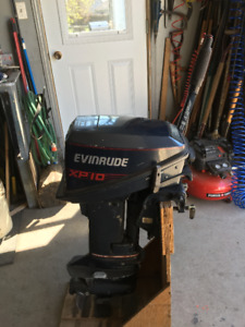 Moteur hors-bord Evinrude 10HP pied court
