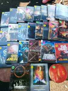 Lot de 25 dvd / coffrets / blu ray
