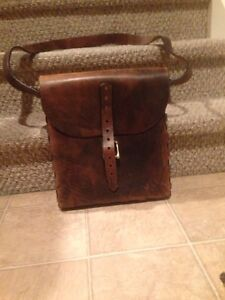 Genuine leather book bag / briefcase  Stratford Kitchener Area image 1