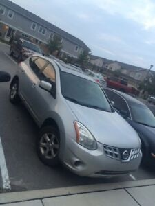 Nissan Rogue for sale.