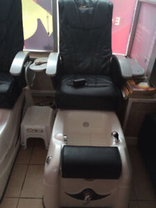 Selling two electric peticure massage foot baths