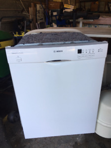 Bosch Built-In Dishwasher - Stainless Steel Tub