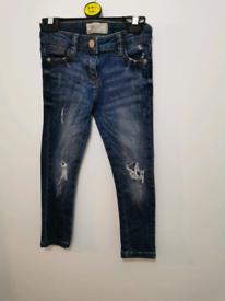 Boys jeans 5-6 bundle riverisland