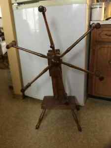 ANTIQUE WOOL WINDER FROM 1880's