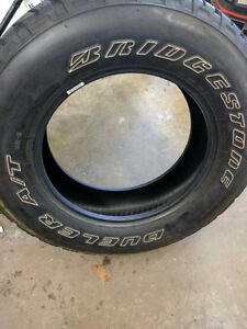 2 tires. Dunlop all terrain 255/70R18