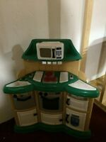 SOLD PPU  kids kitchen with accessories