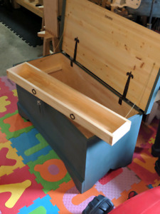 New crafted traditional Handmade chest