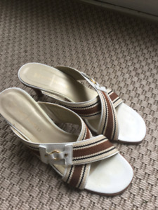 LADIES ITALIAN SHOES Size 7 1/2
