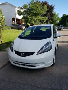 HONDA FIT BLANCHE 73000KM WHITE MANUEL MANUAL TRANSMISSION  2013