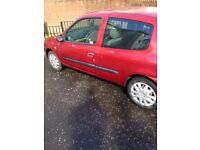 £200 Clio 04 plate MOT January spare or repair