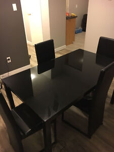 Dinning table Set PERFECT CONDITION!!