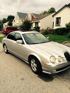 2002 Jaguar S-TYPE cuir Berline 1900,00$ NÉGOCIABLE
