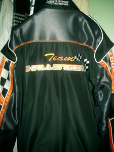 LIKE NEW - DODGE TEAM CHALLENGER JACKET – AWESOME