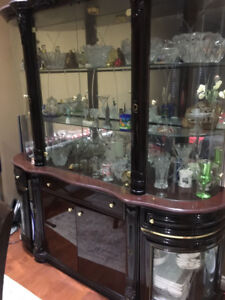 Hutch AND Diningroom Table