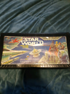 Vintage star wars action figures and box