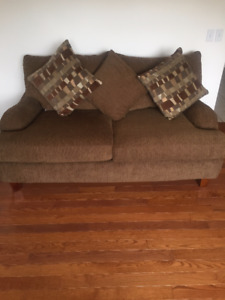 3 SEATER AND 2 LOVE SEATS- FOR QUICK SALE - PRICE REDUCED