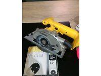Dewalt 18v circular saw brand new blade also supplied q