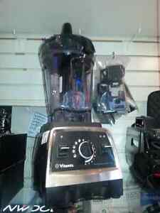 Vitamix Blender .We sell used households goods. Get a Deal!