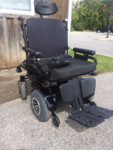 Electric Power Wheelchair - Also reclines backwards