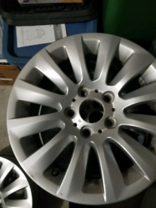 17 INCH ALLOY STEEL BMW SPORT RIMS WITH NO RUBBER!!!!!!