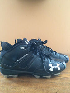 Football Cleats, size 7